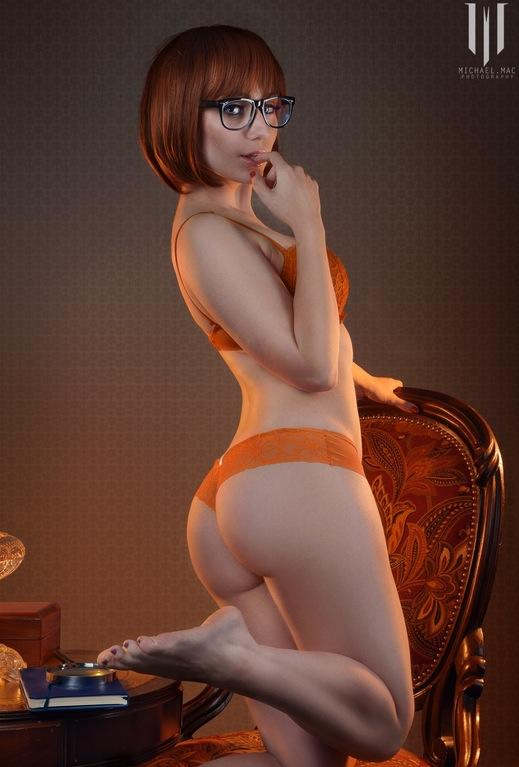 [Cosplay XXX] Velma has a pretty nice Ass